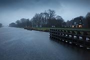 The Van Starckenborghkanaal during a rainy winter day // Het van Starkenborghkanaal in de stromende regen tijdens de winter.