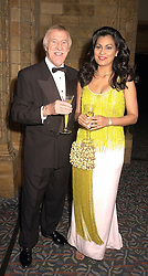TV presenter BRUCE FORSYTHE and his wife WILNELIA, at a gala evening in London on 14th September 2000.OGX 11