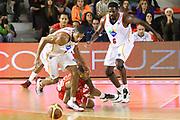 DESCRIZIONE : Roma Campionato Lega A 2013-14 Acea Virtus Roma EA7 Emporio Armani Milano <br /> GIOCATORE : Hosley Quinton<br /> CATEGORIA : equilbrio controcampo<br /> SQUADRA : Acea Virtus Roma<br /> EVENTO : Campionato Lega A 2013-2014<br /> GARA : Acea Virtus Roma EA7 Emporio Armani Milano <br /> DATA : 02/12/2013<br /> SPORT : Pallacanestro<br /> AUTORE : Agenzia Ciamillo-Castoria/M.Simoni<br /> Galleria : Lega Basket A 2013-2014<br /> Fotonotizia : Roma Campionato Lega A 2013-14 Acea Virtus Roma EA7 Emporio Armani Milano <br /> Predefinita :