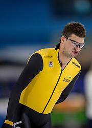 27-10-2017 NED: KPN NK Afstanden, Heerenveen<br /> Sven Kramer greep op gepaste afstand het brons op de 1500 m. De Fries kwam in 1.46,50 over de streep.
