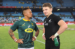 Pretoria, Loftus Versveld Stadium. Rugby Championship. South African Springboks vs New Zealand All Blacks.  06-10-18 Springbok player Elton Jantjies  and All Black player Beauden Barrett after the game.<br /> Picture: Karen Sandison/African News Agency(ANA)
