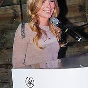 NLD/Zoetermeer/20121206 - Cd presentatie A Lady Christmas, Jennifer Ewbank