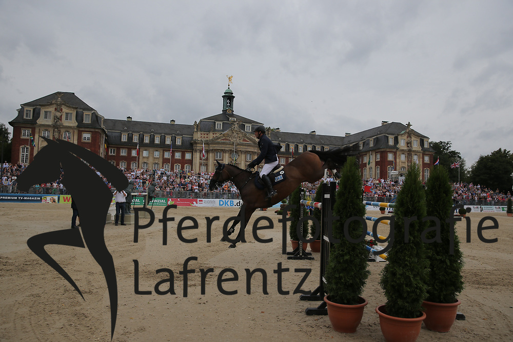 Wulschner, Holger, BSV Cavity<br /> Münster - Turnier der Sieger<br /> Grosser Preis<br /> © www.sportfotos-lafrentz.de/ Stefan Lafrentz