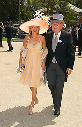 MISS KAREN PHILLIPS and JARVIS ASTAIRE the first day of the Royal Ascot racing festival 2006 at Ascot Racecourse, Berkshire on 20th June 2006.<br /><br />NON EXCLUSIVE - WORLD RIGHTS