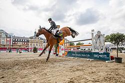 RÜDER Hans Thorben (GER), Commander 34<br /> Münster - Turnier der Sieger 2019<br /> Preis des EINRICHTUNGSHAUS OSTERMANN, WITTEN<br /> CSI4* - Int. Jumping competition  (1.45 m) - <br /> 1. Qualifikation Mittlere Tour<br /> Medium Tour<br /> 02. August 2019<br /> © www.sportfotos-lafrentz.de/Stefan Lafrentz