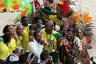 Footbal-FIFA Beach Soccer World Cup 2006 - Final- BRA xURU -Brazil team and the samba school Grande Rio  -Rio de Janeiro- Brazil - 12/11/2006.<br />Mandatory Credit: FIFA/Ricardo Ayres