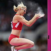 Becky Holliday, USA, in action during the Women's Pole Vault Final at the Olympic Stadium, Olympic Park, during the London 2012 Olympic games. London, UK. 4th August 2012. Photo Tim Clayton