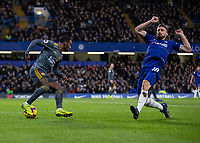 Football - 2018 / 2019 Premier League - Chelsea vs. Leicester City<br /> <br /> Nampalys Mendy (Leicester City) wrong foots Oliver Giroud (Chelsea FC) with his Cryuaff turn at Stamford Bridge <br /> <br /> COLORSPORT/DANIEL BEARHAM
