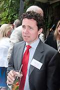 EDWARD LILLEYSTONE, AYLESFORD, Archant Summer party. Kensington Roof Gardens. London. 7 July 2010. -DO NOT ARCHIVE-© Copyright Photograph by Dafydd Jones. 248 Clapham Rd. London SW9 0PZ. Tel 0207 820 0771. www.dafjones.com.