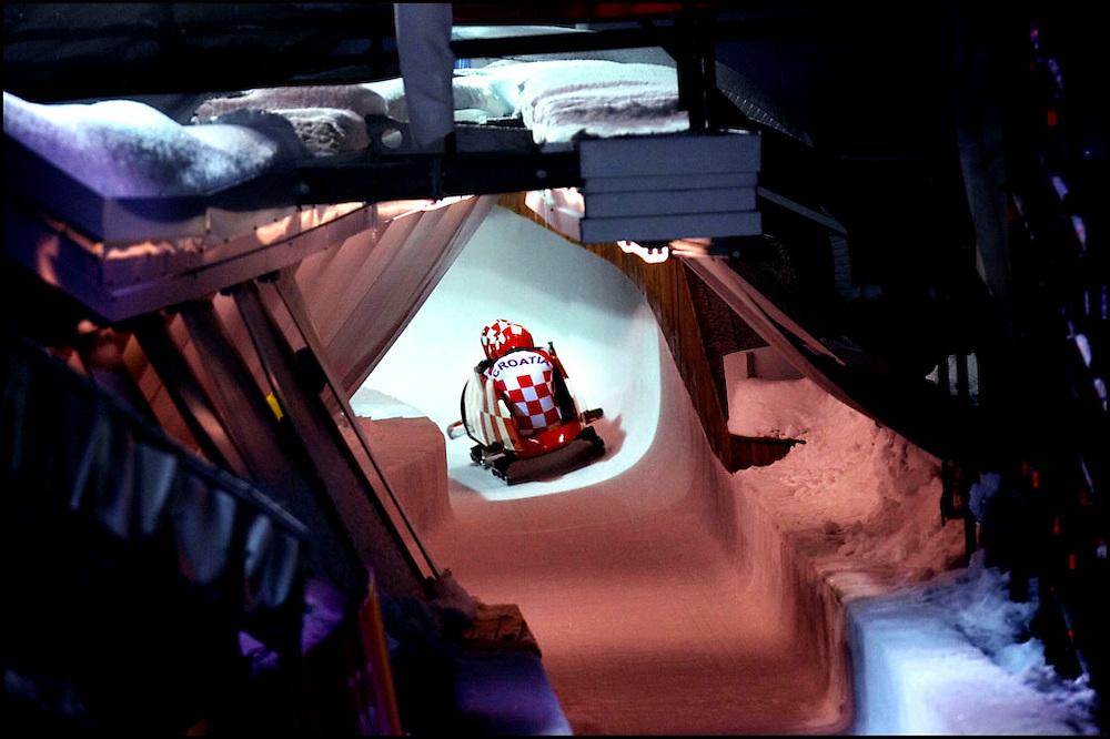 Italie, Cesano Parol, 23-02-2006<br /> Olympische Winterspelen.<br /> Training viermans bobslee. Kroatie tijdens de training<br /> Foto: Klaas Jan van der Weij