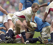 Twickenham, Surrey, 9th March2003, Six nations International Rugby,  RFU Stadium, England, [Mandatory Credit; Peter Spurrier/Intersport Images]<br /> Photo Peter Spurrier<br /> 09/03/2003<br /> RBS Six Nations Rugby England v Italy<br /> Matt Dawson clearing the ball from the base of the scrum