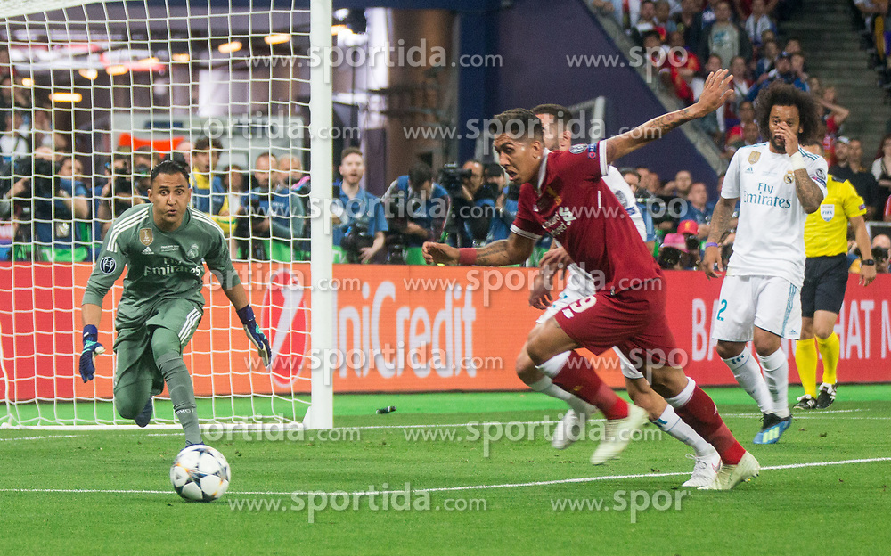 Keylor Navas of Real Madrid  vs Roberto Firmino of Liverpool during the UEFA Champions League final football match between Liverpool and Real Madrid at the Olympic Stadium in Kiev, Ukraine on May 26, 2018.Photo by Sandi Fiser / Sportida