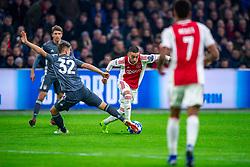 12-12-2018 NED: Champions League AFC Ajax - FC Bayern Munchen, Amsterdam<br /> Match day 6 Group E - Ajax - Bayern Munchen 3-3 / Joshua Kimmich #32 of Bayern Munich, Hakim Ziyech #22 of Ajax