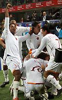 """Mancini, De Rossi Taddei e Pizarro festeggiano il gol di Totti<br /> <br /> Italian """"Serie A"""" 2006-07 <br /> <br /> 11 November 2006 (Match Day 11) <br /> <br /> Milan Roma (1-2) <br /> <br /> """"Giuseppe Meazza"""" Stadium-Milano-Italy <br /> <br /> Photographer Andrea Staccioli INSIDE"""