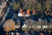 Nederland, Noord-Holland, Abcoude, 10-01-2009;;..schaats, schaatsen, ijs, ijspret, pret, ijsbaan, natuurijs, schaatsen rijden, winter, koud, vriezen, min nul, beneden nul, koud, celsius, skating, ice skating, ice, fun, skating rink, natural, skate, snow, cold, freezing, minus zero, below zero, cold, winterlandscahp, winter landscape, tocht, toertocht, koek en zopie .  ; .luchtfoto (toeslag); aerial photo (additional fee required); .foto Siebe Swart / photo Siebe Swart
