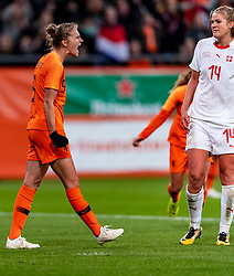 09-11-2018 NED: UEFA WC play-off final Netherlands - Switzerland, Utrecht<br /> European qualifying for the 2019 FIFA Women's World Cup - / Vivianne Miedema #9 of Netherlands score the 3-0