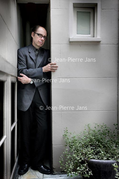 Nederland, Amsterdam , 25 augustus 2010..Jeffery Deaver (Glen Ellyn (Illinois), 6 mei 1950) is een Amerikaanse schrijver..Deaver was oorspronkelijk journalist maar studeerde later rechten en werd advocaat. Hij begon destijds ook met het schrijven van boeken. Jeffery Deaver, bestselling author of thrillers and mysteries, and creator of the Lincoln Rhyme series.