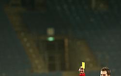 11.12.2016, Merkur Arena, Graz, AUT, 1. FBL, SK Puntigamer Sturm Graz vs Red Bull Salzburg, 19. Runde, im Bild Schiedsrichter Dominik Ouschan mit gelber Karte // during the Austrian Football Bundesliga 19th round Match between SK Puntigamer Sturm Graz and Red Bull Salzburg at the Merkur Arena, Graz, Austria on 2016/12/11, EXPA Pictures © 2016, PhotoCredit: EXPA/ Erwin Scheriau