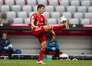 Benjamin Pavard #5 von FC Bayern Muenchen, Einzelaktion During the Bayern Munich vs SC Freiburg Bundesliga match  at Allianz Arena, Munich, Germany on 20 June 2020.