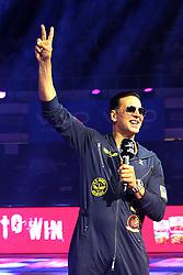 September 2, 2017 - Kolkata, West Bengal, India - Bengal Warriors partner Bollywood star Akshay Kumar cheers the supporters during the Pro Kabaddi league at Netaji Subhash Chandra Bose Indoor Stadium. (Credit Image: © Saikat Paul/Pacific Press via ZUMA Wire)
