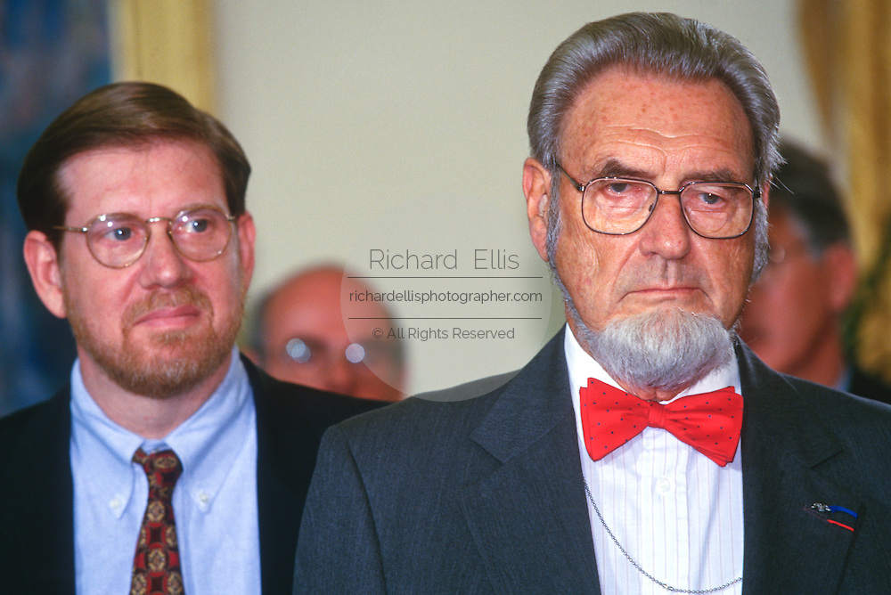 WASHINGTON, DC - September 17:  Dr. C Everett Koop makes a statement at the Oval Office in the White House in Washington, DC. September 17, 1997  (Photo RIchard Ellis)