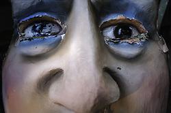 MASCHERA IN CARTAPESTA.<br /> Il carnevale di Gallipoli è tra i più noti della Puglia. La sua tradizione è antichissima ed è documentata, oltre che in atti e documenti settecenteschi, anche da radici folcloristiche che affondano le origini in epoca medioevale, tramandate fino ad oggi dallo spirito popolare. La prima edizione (per come la conosciamo) risale al 1941; nel 2014 sarà l'edizione numero 73.<br /> La manifestazione carnascialesca è organizzata dall' Associazione Fabbrica del Carnevale, nata nel febbraio 2013 con la finalità diorganizzare, promuovere e riportare in auge il Carnevale della Cittàdi Gallipoli. L'Associazione raccoglie al suo interno i maestri cartapestai Gallipolini e tanti giovani artisti, che vogliono valorizzare il Carnevale della città bella. Presidente dell'Associazione è Stefano Coppola.<br /> La manifestazione ha inizio il 17 gennaio, giorno di sant'Antonio Abate (te lu focu = del fuoco), con la Grande Festa del Fuoco, quando si accende con la tradizionale focara, un grande falò di rami d'ulivo. L'ultima domenica di carnevale e il martedì grasso lungo corso Roma, nel centro cittadino, si svolge la sfilata dei carri allegorici in cartapesta e dei gruppi mascherati corso Roma davanti a migliaia di spettatori provenienti da tutta la provincia di Lecce e da città pugliesi. Il tema dell'edizione di quest'anno è un omaggio a Walter Elias Disney.<br /> <br /> MASK IN CARDBOARD.<br /> The Carnival of Gallipoli is among the best known of Puglia. Its tradition is very old and is documented , as well as records and documents in the eighteenth century , as well as folkloric roots that sink their roots in medieval times , handed down today by the popular spirit . The first edition dates back to 1941 and in 2014 will be the edition number 73 .<br /> The carnival is organized by the Association of Carnival Factory , founded in February 2013 with the objective to organize, promote and revive the Carnival of the city of Gallipoli. The Association collect
