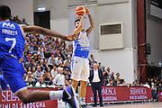 DESCRIZIONE : Beko Legabasket Serie A 2015- 2016 Dinamo Banco di Sardegna Sassari - Enel Brindisi<br /> GIOCATORE : Brian Sacchetti<br /> CATEGORIA : Tiro Tre Punti Three Point<br /> SQUADRA : Dinamo Banco di Sardegna Sassari<br /> EVENTO : Beko Legabasket Serie A 2015-2016<br /> GARA : Dinamo Banco di Sardegna Sassari - Enel Brindisi<br /> DATA : 18/10/2015<br /> SPORT : Pallacanestro <br /> AUTORE : Agenzia Ciamillo-Castoria/C.Atzori