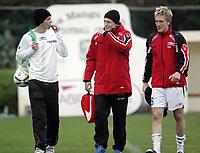 Fotball / Football<br /> International U 19 Team Tournament<br /> Norge v Skottland 1-2<br /> Norway v Scotland 1-2 at La Manga - Spain<br /> 08.02.2007<br /> Foto: Morten Olsen, Digitalsport<br /> <br /> L-R: Even Hovland - Sogndal / Norway - Jonathan Parr - Lyn / Norway and Per Egil Flo - Sogndal / Norway