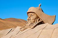 Chine, région autonome de Mongolie intérieure, désert de Badain Jaran, désert de Gobi, statue de Gengis Khan empereur des mongols // China, Inner Mongolia, Badain Jaran desert, Gobi desert, Gengis Khan statue, Mongol emperor