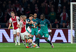 08-05-2019 NED: Semi Final Champions League AFC Ajax - Tottenham Hotspur, Amsterdam<br /> After a dramatic ending, Ajax has not been able to reach the final of the Champions League. In the final second Tottenham Hotspur scored 3-2 / Hakim Ziyech #22 of Ajax, Dele Alli #20 of Tottenham Hotspur, Moussa Sissoko #17 of Tottenham Hotspur