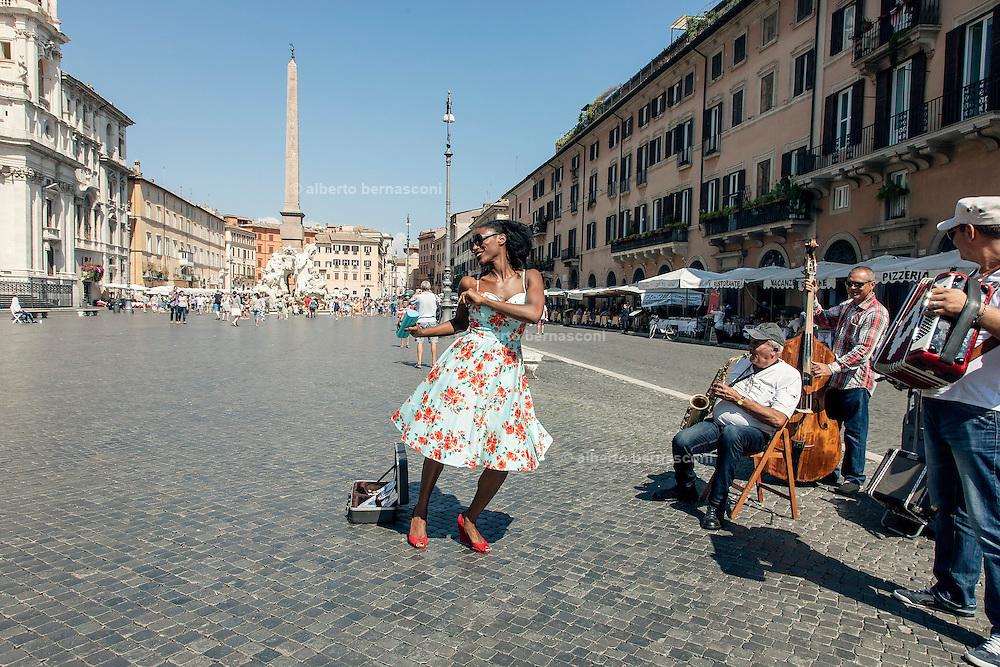 Rome, the writer Taiye Selasi, Piazza Navona