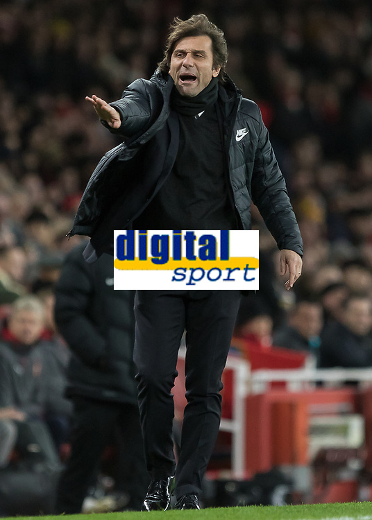 Football - 2017 / 2018 Premier League - Arsenal vs. Chelsea<br /> <br /> Antonio Conte, Manager of Chelsea FC, tells his players to slow down play at The Emirates.<br /> <br /> COLORSPORT/DANIEL BEARHAM