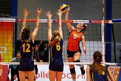 20140425 NED: Jong Oranje Vrouwen - Montenegro, Arnhem <br /> Marrit Jasper<br /> ©2014-FotoHoogendoorn.nl / Pim Waslander