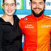 NLD/Amsterdam/20180119 - Inloop premiere Hyena's op het IJs, Sjinkie Knegt en partner Fenna van der Wal