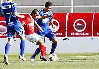 Fotball, 4. februar 2012 , Copa del Sol<br /> Molde - Spartak Moskva<br /> <br /> Welliton , SM scorer her<br /> Even Hovland , Molde , greier ikke stoppe han<br /> <br /> <br /> , Spartak Moscow