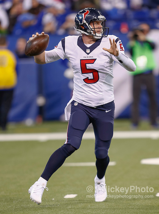 INDIANAPOLIS, IN - DECEMBER 20: Brandon Weeden #5 of the Houston Texans passes on the run during the game against the Indianapolis Colts at Lucas Oil Stadium on December 20, 2015 in Indianapolis, Indiana.  (Photo by Michael Hickey/Getty Images) *** Local Caption *** Brandon Weeden