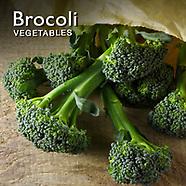 Broccoli Pictures   Broccoli  Food Photos Images & Fotos