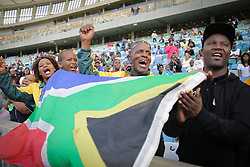 10062018 (Durban) Fans cheering Bongumusa Mthembu who won the Comrades Marathon for the first time in 2014 and again in 2017, becoming the second South African to win it twice, after 'Comrades king', Bruce Fordyce.<br /> Picture: Motshwari Mofokeng/ANA
