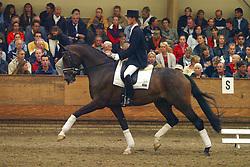 613-Terlia<br /> KWPN Paardendagen Ermelo 2004<br /> Photo © Hippo Foto