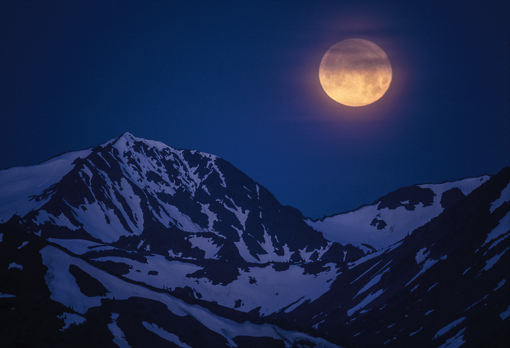 Moonset veiwed from Obstruction Point, June, Olympic National Park, Washington, USA
