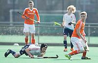 ROTTERDAM -    Jim van de Venne (Neth)  with Callum Bell (l) .    Practice Match  Hockey : Netherlands Boys U16  v England U16 . COPYRIGHT KOEN SUYK