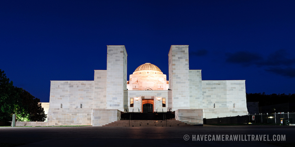 Panoramic shot of the Australian War Memorial in Canberra at night