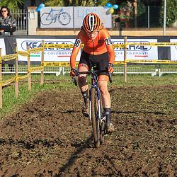 10-11-2019: Wielrennen: Europees Kampioenschap Veldrijden: Silvelle<br />Puck Pieterse pakt de titel bij de junior vrouwen