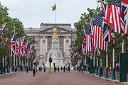 June 3, 2019 - London, England, GBR - Armed police lock down central London ahead of US President Donald J. Trump's visit to Westminster Abbey and Buckingham Palace in London, Britain, 03 June 2019. US President Trump and his wife are on a three-day official visit to the United Kingdom. (Credit Image: © Vedat Xhymshiti/ZUMA Wire)