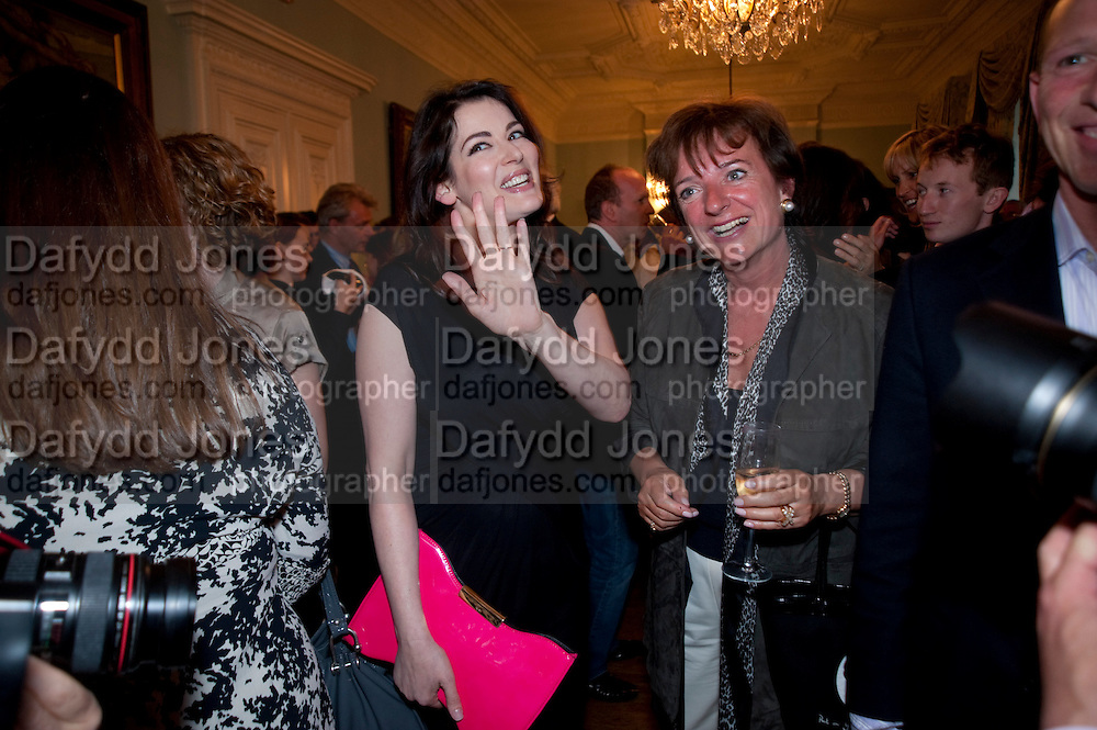NIGELLA LAWSON; CHARLOTTE LAWSON, Nicholas Coleridge celebrates the publication of his novel; Deadly Sins. Dartmouth House, Charles St. London. 28 April 2009