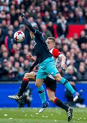 25-02-2017 NED: Feyenoord - PSV, Rotterdam<br /> 24e speelronde van seizoen 2016-2017, De Kuip / Jens Toornstra #28 of Feyenoord