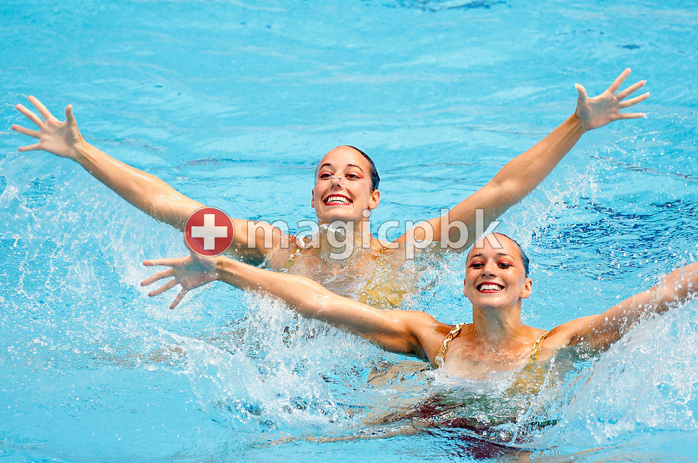 Magdalena Brunner (R) and Ariane Schneider (L) of Switzerland perform in the synchronized (synchronised) swimming duet final during the 28th European Swimming Championships in Budapest, Hungary, Sunday, July 30, 2006. (Photo by Patrick B. Kraemer / MAGICPBK)