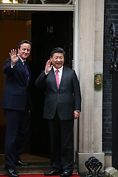 © Licensed to London News Pictures. 21/10/2015. London, UK.  Prime Minister David Cameron welcomes Chinese President Xi Jinping to Downing Street. Photo credit: Peter Macdiarmid/LNP