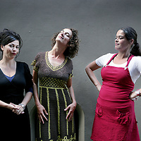 Nederland, Amsterdam , 30 augustus 2009..v.l.n.r. Cabaretiere Ellen Dikker, Nathalie Baartman en Katinka Polderman.Foto:Jean-Pierre Jans