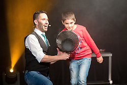 """21.11.2016, Schubert Theater, Wien, AUT, Zaubershow, Die Ehrlichen Betrüger - Catch Us If You Can, im Bild Philipp Tawfik // during the magic show """"Die Ehrlichen Betrüger - Catch Us If You Can"""" at the Schubert Theater, Vienna, Austria on 2016/11/21, EXPA Pictures © 2016, PhotoCredit: EXPA/ Sebastian Pucher"""
